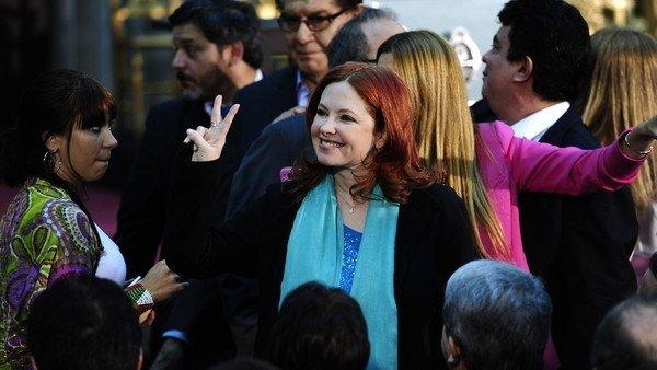 Procesaron a Andrea del Boca y Julio De Vido por irregularidades en el contrato por la telenovela Mamá Corazón Foto