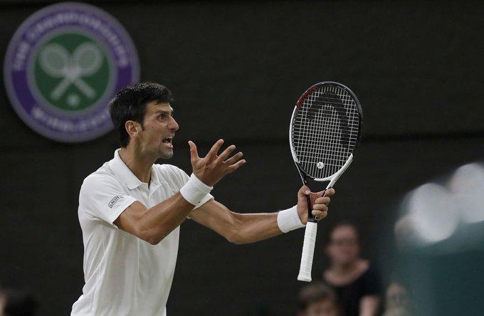 ¡QUÉ BATALLA SEÑORES! Novak Djokovic se queda con el tercer set 7-6 (9) ante Rafa Nadal y lidera 2-1 las semifinales de #WIMBLEDONxESPN. Foto