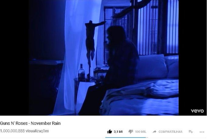 #novemberrain1bi O primeiro rock a chegar a 1 bilhão no youtube, coisa bunita Foto
