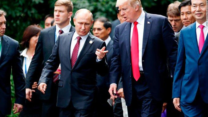Despite Russia election bombshell, the Trump-Putin show will go on Photo