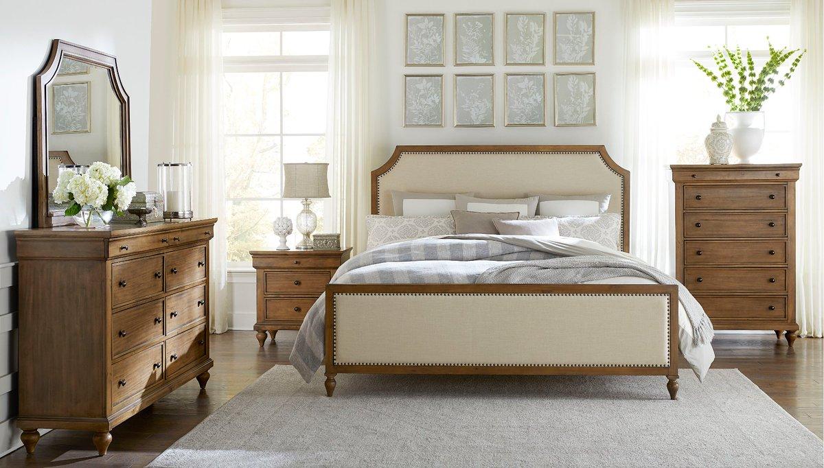 ... And Calming Beauty. Https://www.rcwilley.com/Furniture/Bedroom/Sets /Queen/110919998/Classic Toffee Brown 6 Piece Queen Bedroom Set   Brussels View.jsp  U2026