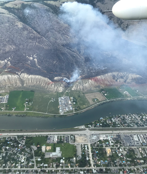 Update: crews successfully contained the escape on the East Shuswap Rd. wildfire by Kamloops. 36 ground personnel remain on site tonight performing holding action to continue suppression efforts. #BCWildfire Service will be back in the morning with new updates as available. Photo