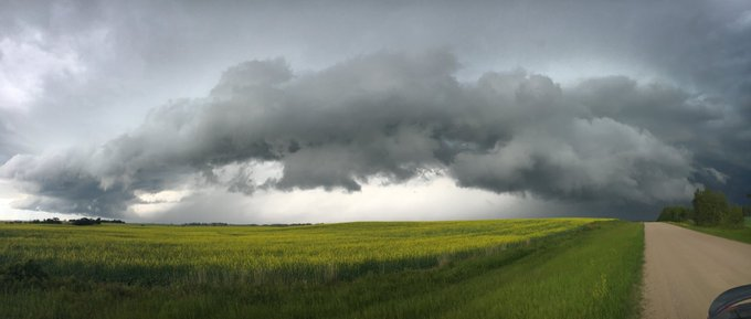 Stunning cloud structure today near Ponoka, facing East (?). #abstorm Photo