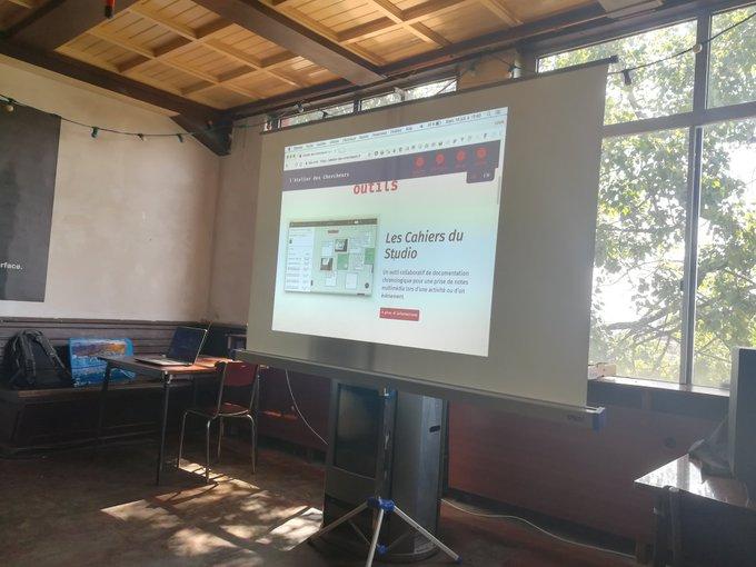 Workshop @latelier_cherch sur la ressource dodoc @fab14edu Photo