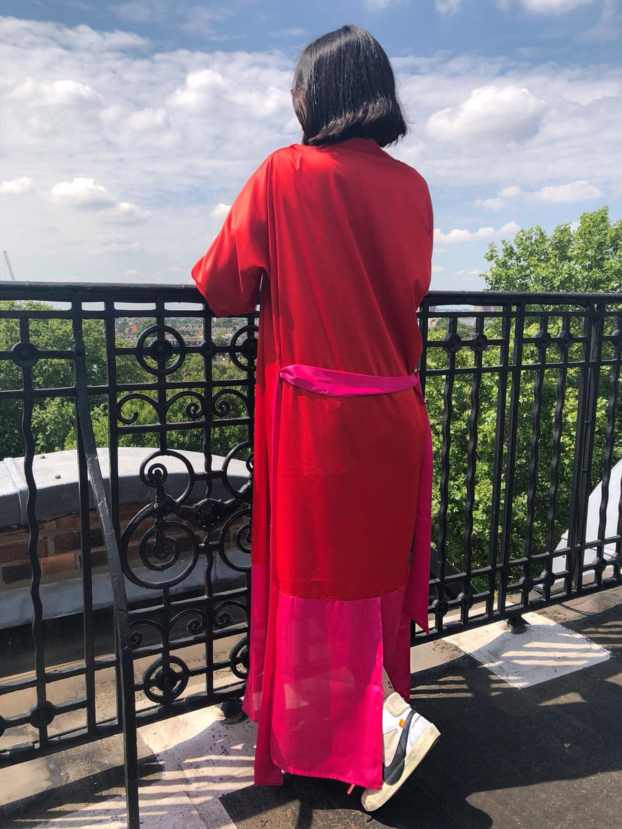 Absolutely gorgeous 'RednPink' Duster It can also be worn as a dress (see our previous post) • Shop yours now on http://www.jiajiaboutique.com . . #fashion #fashionista #rednpink #duster #dress #silkdress #silkduster #love #ootd #styleinspo #stylecrush #styleoftheday #londonpic.twitter.com/CwAdoxXCDX