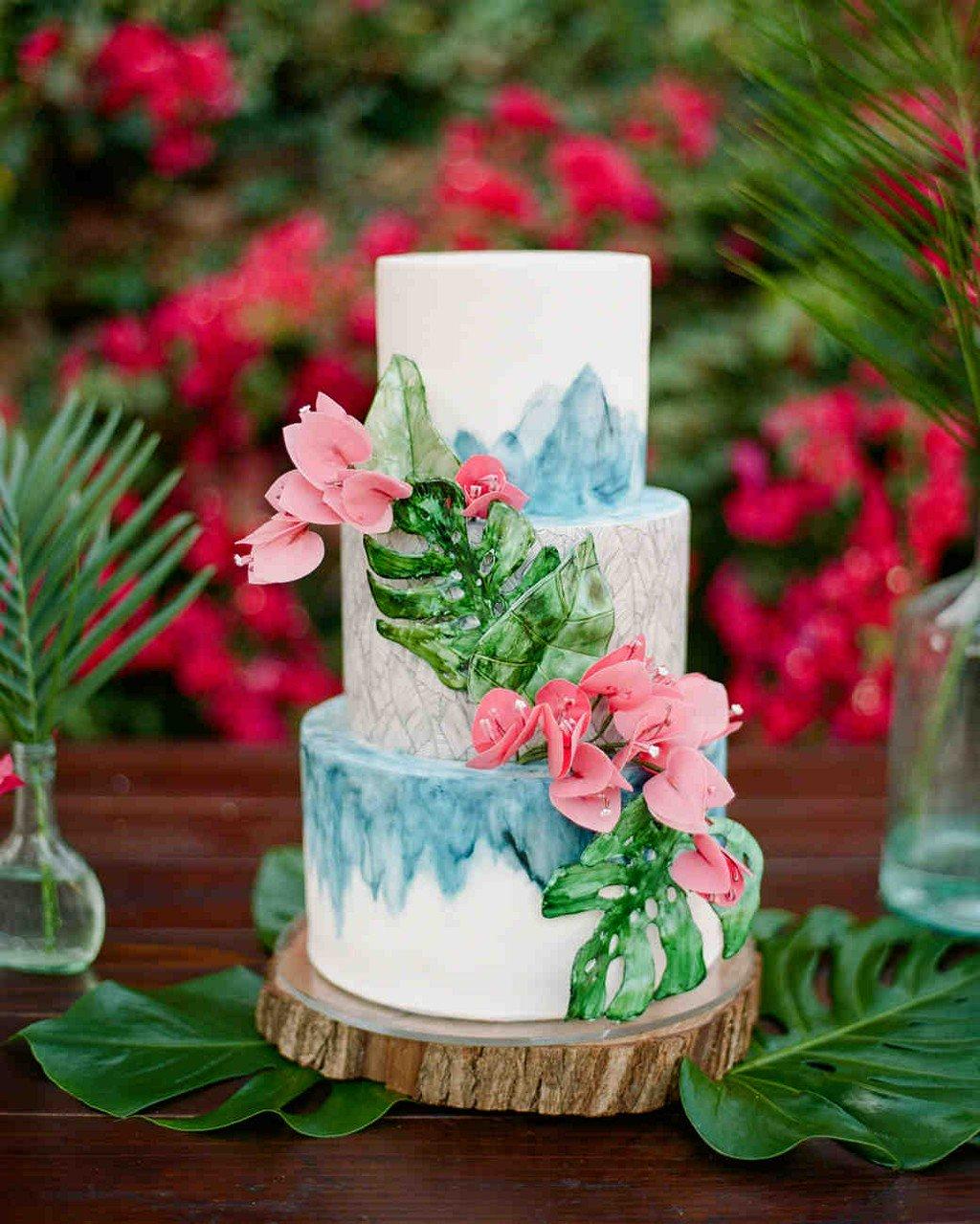 22 Summer Wedding Cakes That Speak to the Season https://t.co/3TSzMw8EJT https://t.co/gvTcYph4lS