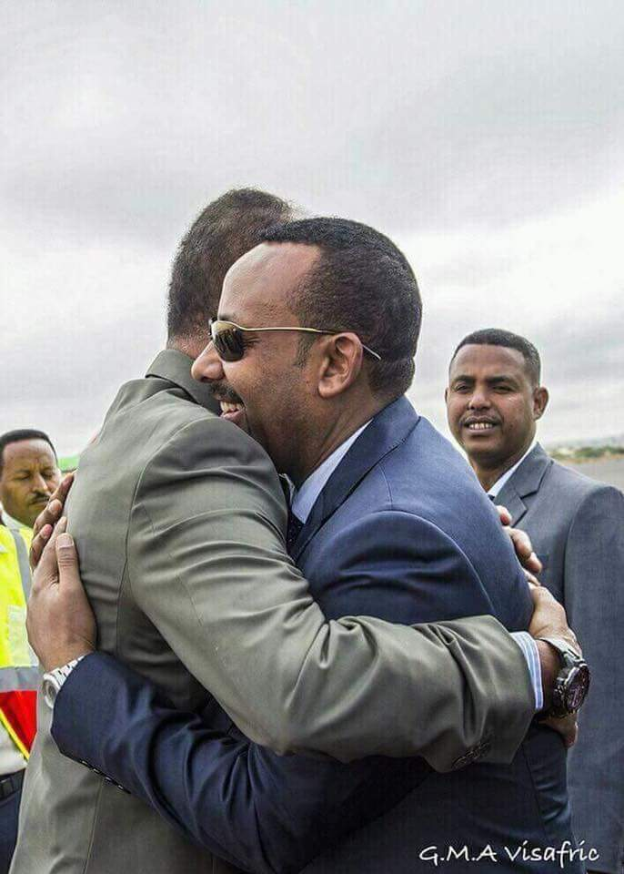 Witnessing Political Earthquake in the Horn Africa Today #Eritrea #Ethiopia President Isaias Afwerki Arrives<br>http://pic.twitter.com/cO48SPnMJQ