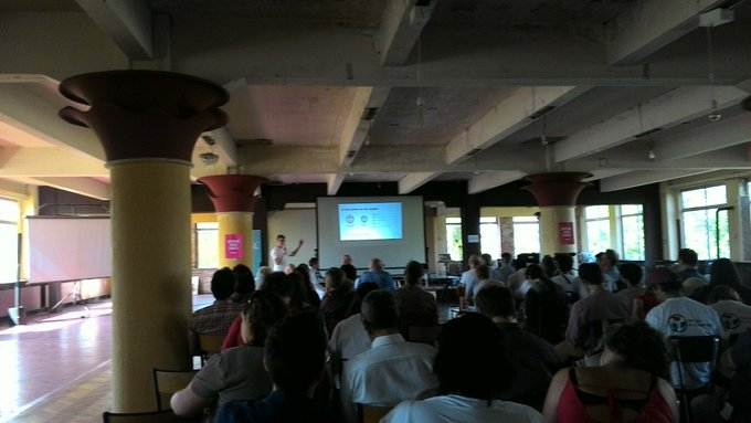 Conférence #openbadges à #fab14edu à Bataville. Tentative de mise en place au @nybicc prochainement ! Photo