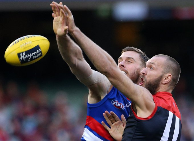 Melbourne produces a dominant third quarter to set up a convincing 50-point win over the Western Bulldogs: #AFLDeesDogs (pic: AAP) Photo
