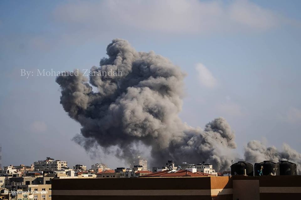 Thick smoke over Gaza after Israeli army targeted Al Katiba area in Western Gaza city
