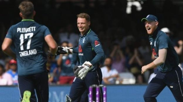 Andy Vermaut's photo on Jos Buttler
