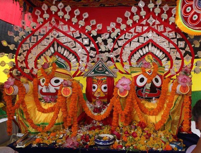 ભગવાન જગન્નાથજીની ''છેરા પહનરા'' વિધિમાં હજારો શ્રદ્ધાળુઓ ભક્તિભાવપૂર્વક જોડાયા