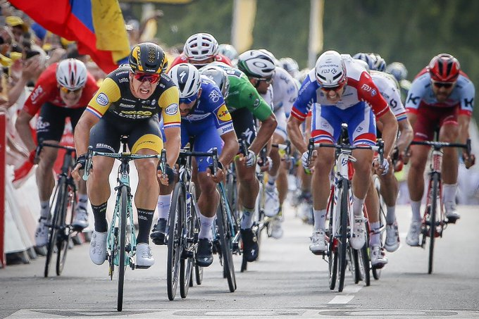 🇫🇷 #TDF2018    With a little over 100 kilometer remaining there is plenty of time to look back to the beautiful win of @GroenewegenD in Chartres once again! What will it be in Amiens? Photo