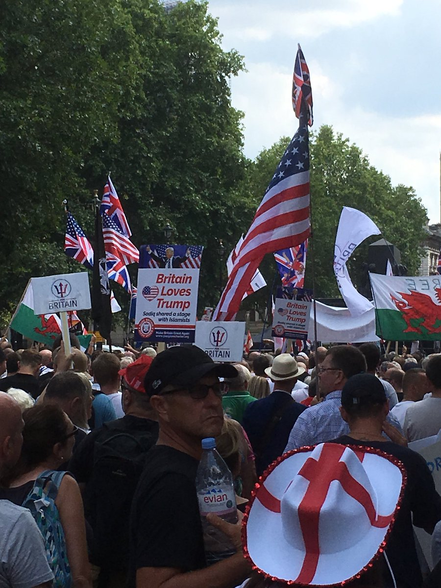 Current speaker says he has a petition from Australia to ask the queen to Free Tommy Robinson