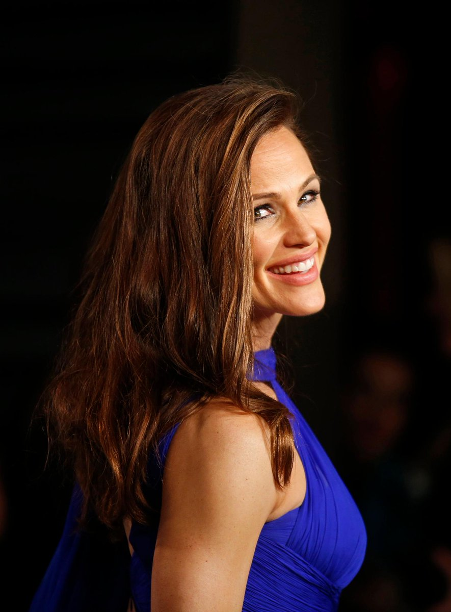 Jennifer Garner recalls the pain of the tabloid scrutiny she faced when married to Ben Affleck https://t.co/7Ywi0Y8Rgf
