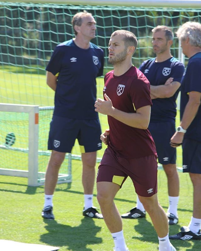 First week as a Hammer has been a good one, not ready for the game today but feeling better and better each day 💪🏻⚒