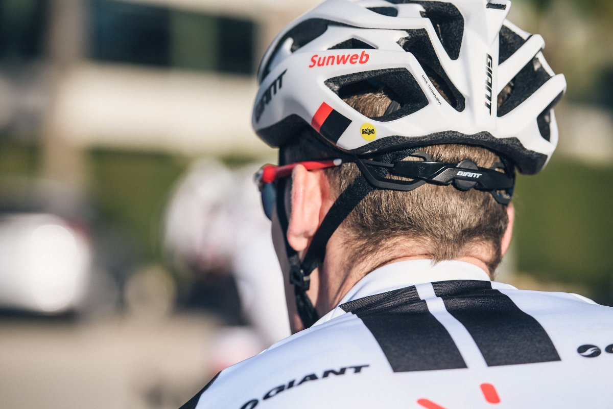 Our helmets are equipped with MIPS, giving us an extra layer of protection against crashes. Check out this article from @cyclingprologue which details more about that little yellow dot: https://t.co/oxFj5qcjtE
