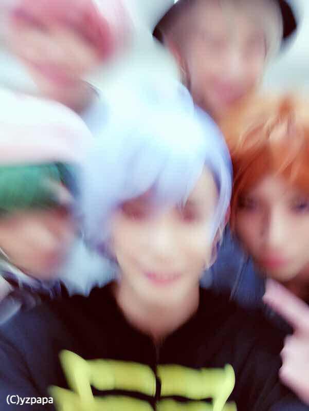 京都2日目終わりました! 最後はおれだ〜  しゃしんってむずかしいねー。 今度カズに教えてもらお〜!  みんないい笑顔で、さんかくそっくりー! 夏組でお芝居出来るの楽しいなぁ。  さんかくさんかく〜  #エーステ