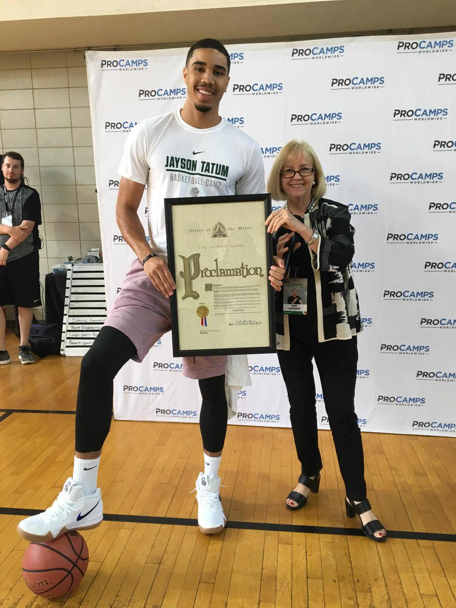 Its true - today, July 14, has been officially declared #JaysonTatumDay in the city of St. Louis by Mayor Lyda Krewson! Of course we had to celebrate with basketball & @jaytatum0s favorite pizza... Imos!