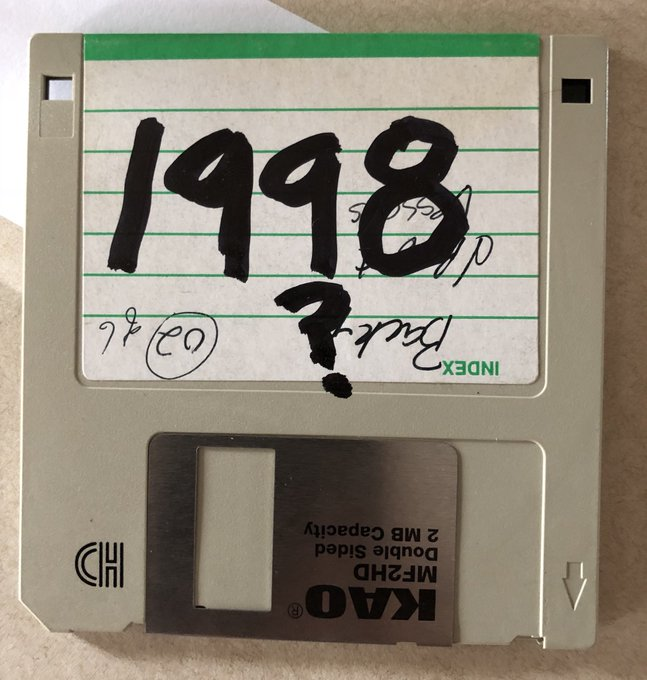 """I was proud to attend @Sudbury_Pride today. Since the Doug Ford Government is rolling out a 1998 #SexEd curriculum, I decided to use my 20 year-old Digital camera with me to take pictures (8 sweet pictures per floppy disk!) """"Disk Error?"""" I guess that's a sign! Photo"""