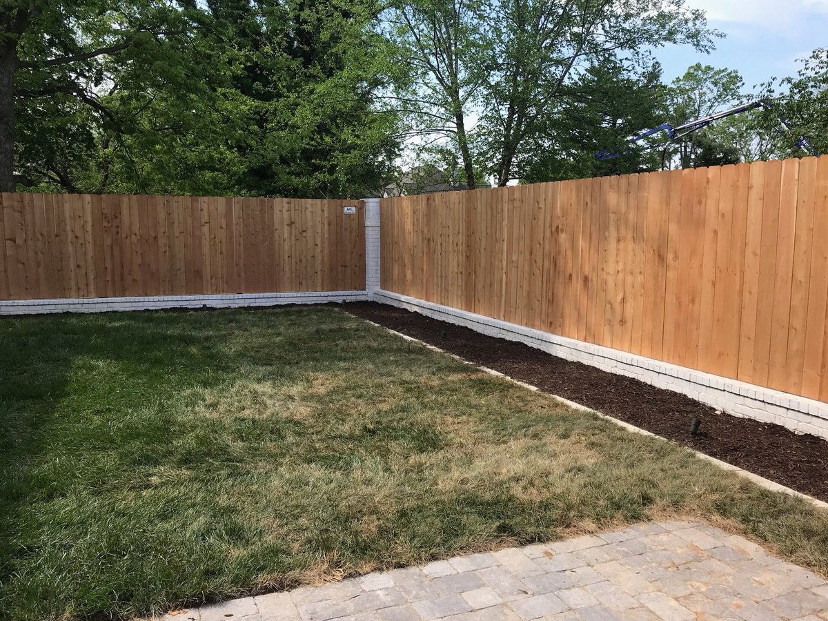 6 Foot Tall Cedar Privacy Fence Between Brick Columns Installed In Nashville Tennessee By K C Company Http Www Fencenashville