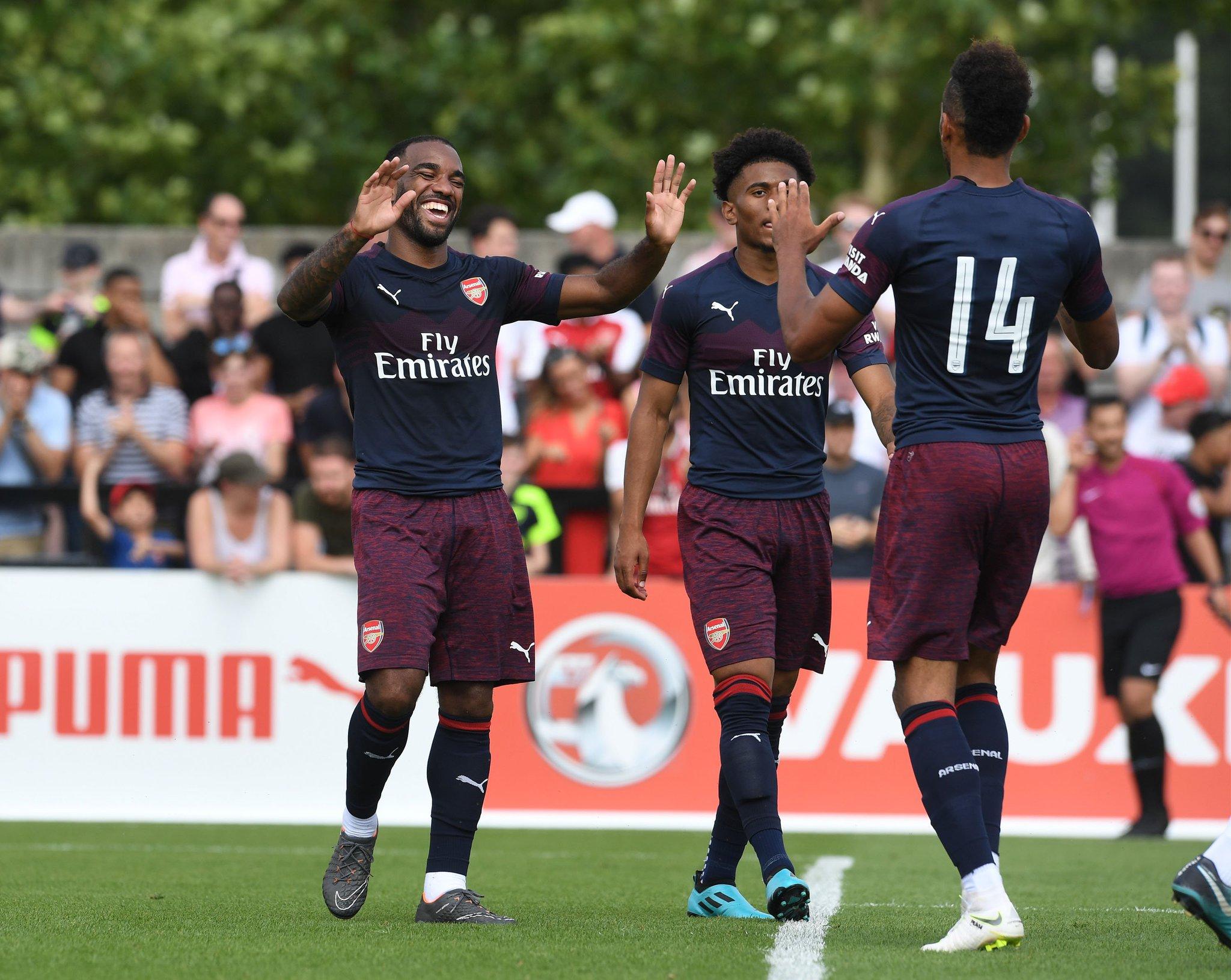 Tân HLV Arsenal ra mắt hoàn hảo với chiến thắng 8-0