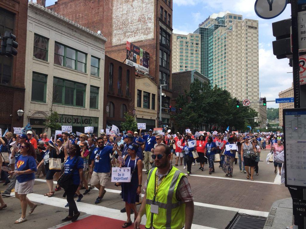 Members of @AFTunion march down Liberty Avenue. @kdka #kdka
