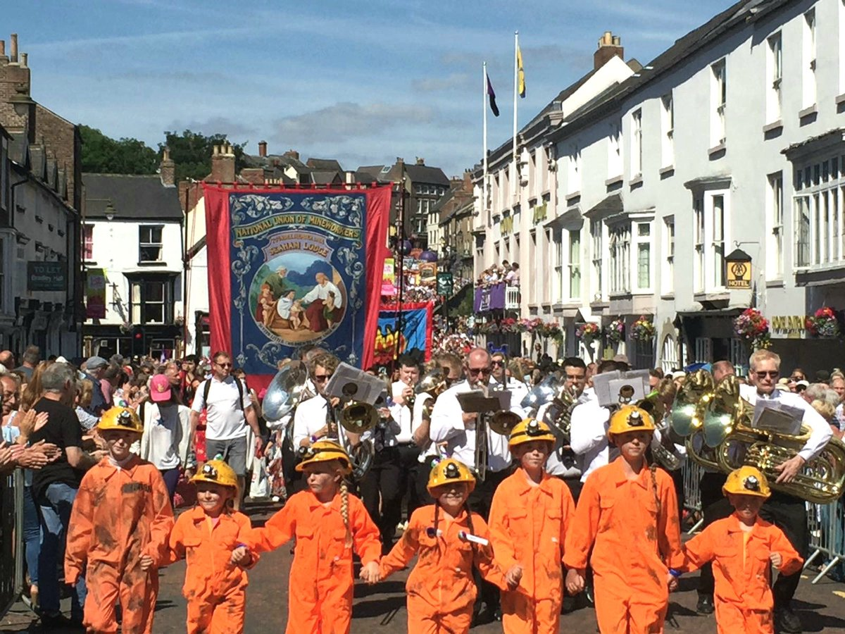 All children deserve the education that the #DurhamMinersGala provides.  That's why schools should teach children about the trade union principles of solidarity and collective action, so they are equipped to uphold their rights as workers.