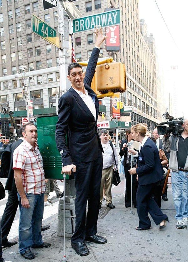 Высокий человек в картинках