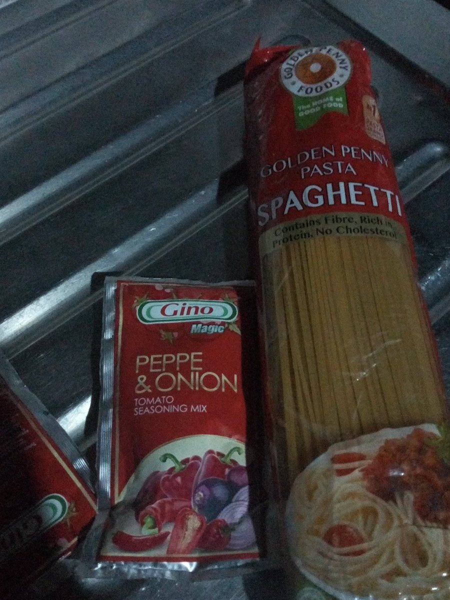 Have you ever been angry, and on top the anger, your still forced to cook spaghetti 😭😭😭 https://t.co/VsBt1IsRw0