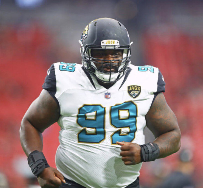 Jags Marcell Dareus' Herpes Accuser Has a List a Demands Including a List of Everyone Woman or Man He's Ever Slept With  http:// bit.ly/2unXiuh  &nbsp;  <br>http://pic.twitter.com/i2wM0hMpQC