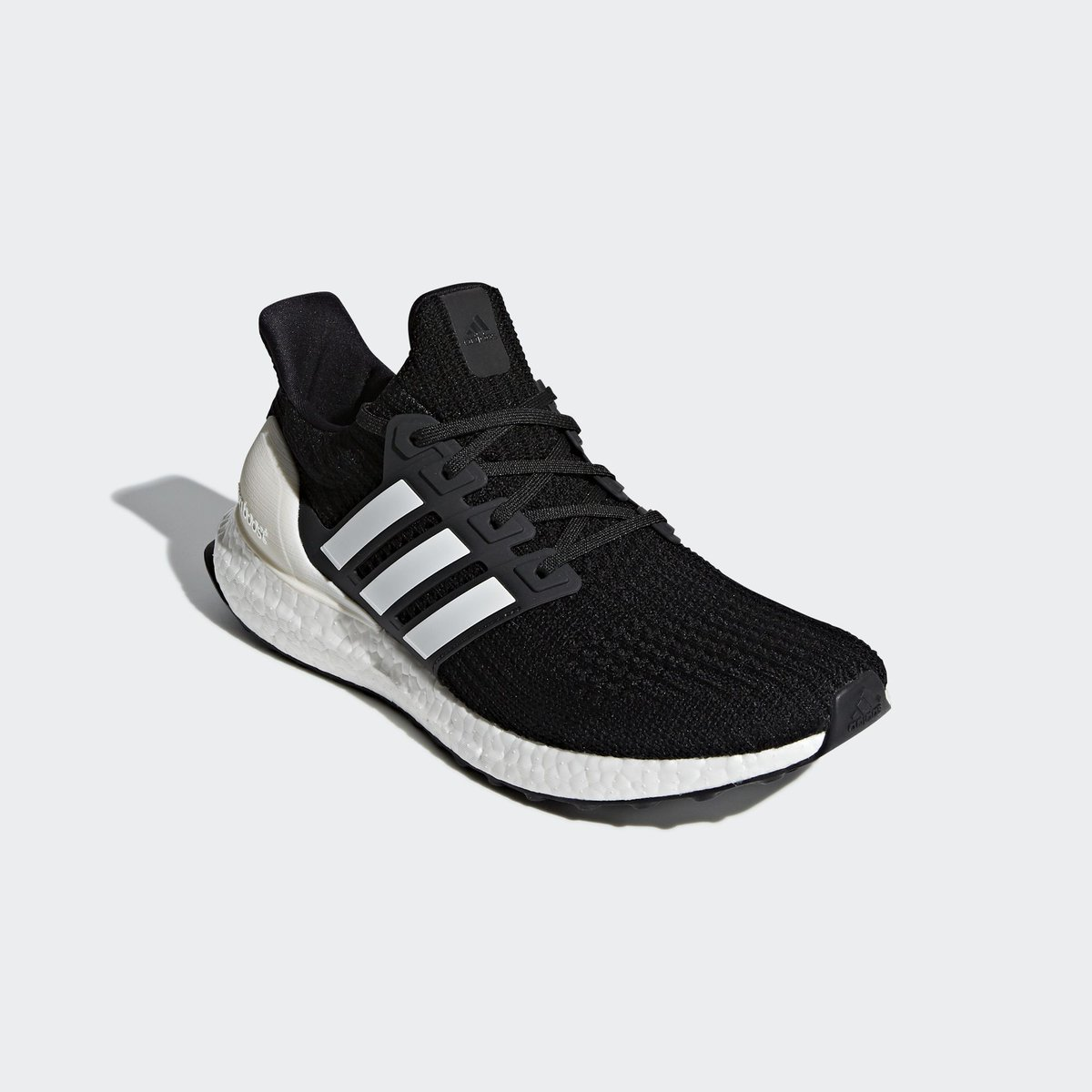 8fe7a33cd4f49 adidas alerts on Twitter