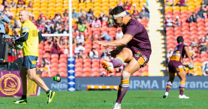 Follow everything #NRLBroncosWarriors in the Match Centre! Photo
