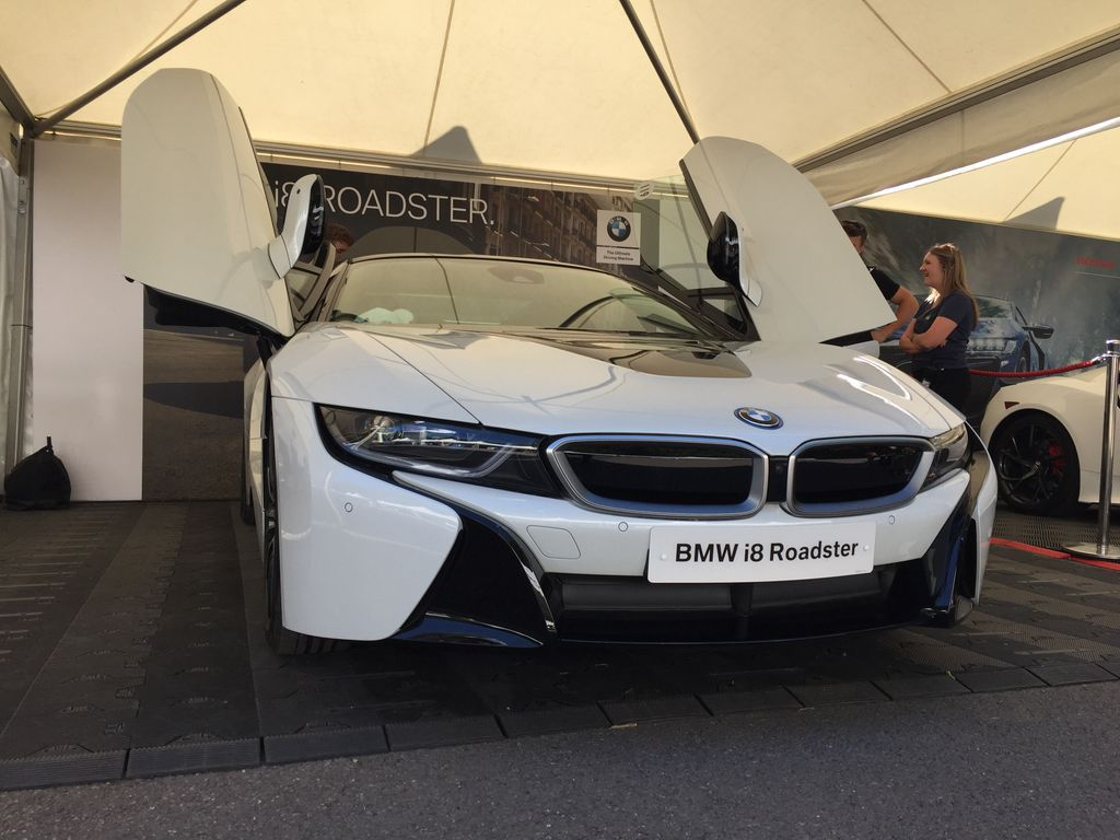 Another good morning here at @fosgoodwood wth @BMW_UK @BMWMotorsport. This time I'll be heading up the hill in the brand new i8 Roadster! #fos #TeamBTR #BMW