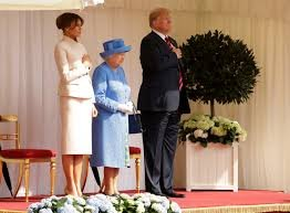 Who does the hair and makeup for the White House Apprentice show?  Now that Trump is 'Hopeless'  anyone else notice his terribly wrinkled pants  when he met Queen Elizabeth?  OOPS!  What's the matter Mr. Wrinkleypants No steamjobs from Melania?  #TheRealMrWrinkleypants #FuckTrumppic.twitter.com/g4X2LCSEXb