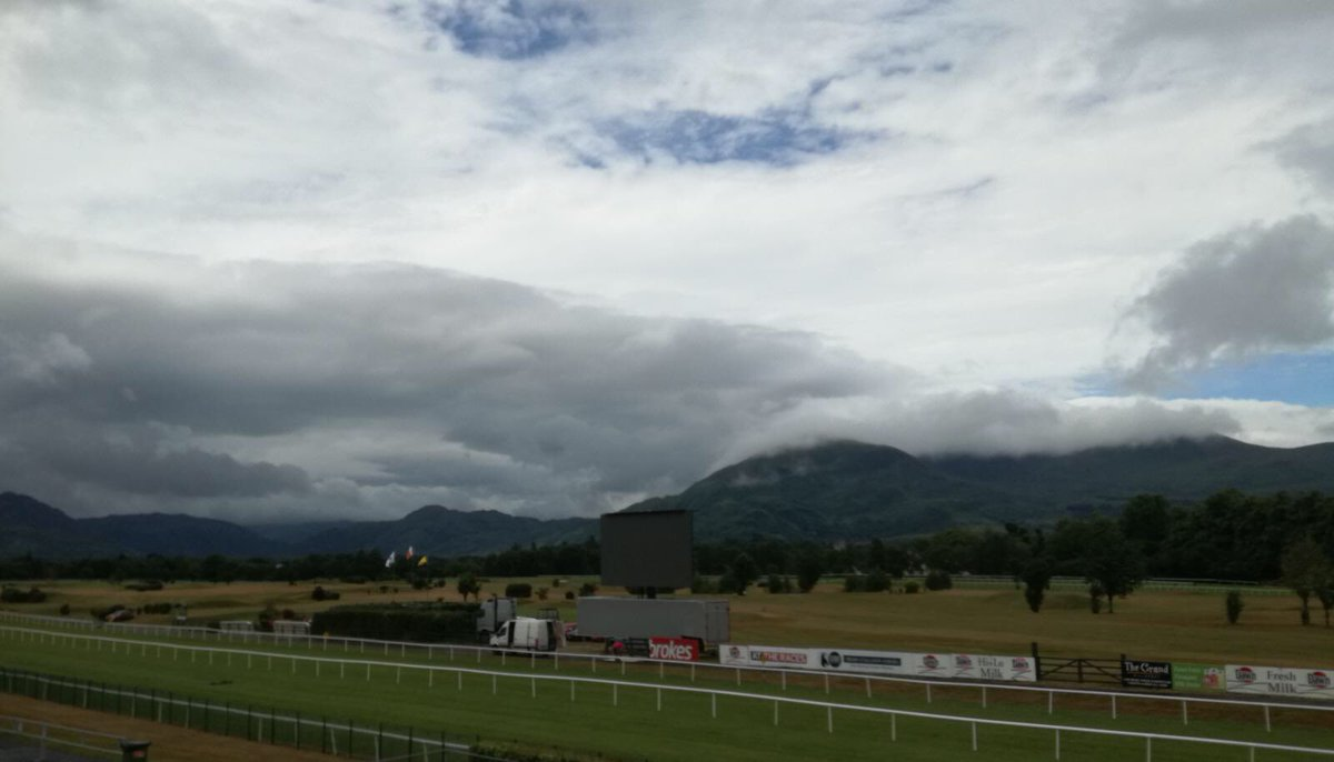 test Twitter Media - After a damp morning the blue skies are making their way back to @KillarneyRaces #ComeRacing https://t.co/P16AMdIehI