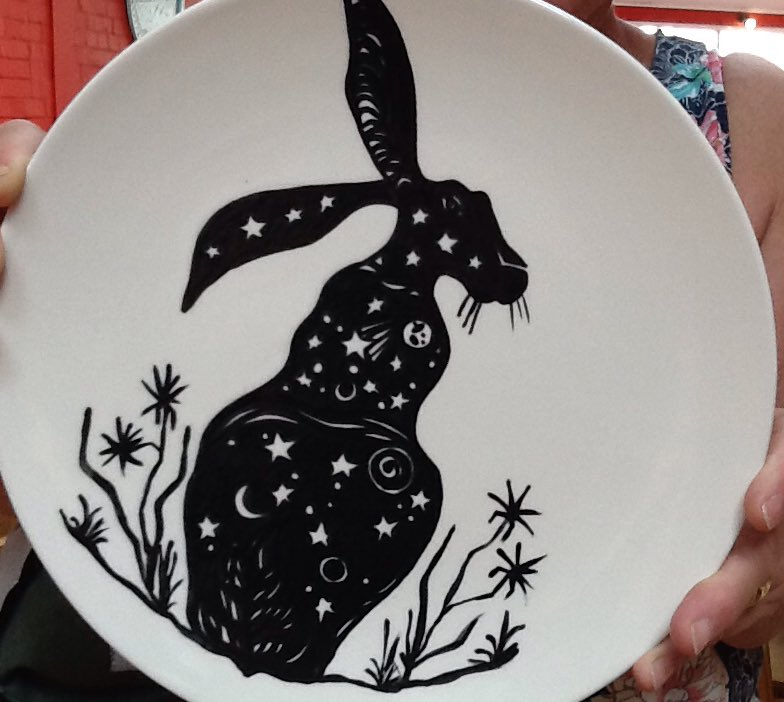 We now have the @GoGoHares2018 trail maps in the shop see if you can find all the Hare&#39;s in #Norwich .@Stickyearthcafe #Cromer #breakcharity @GoGoHares2018 #blackandwhite #pottery #pyop<br>http://pic.twitter.com/EwN84tD3aq