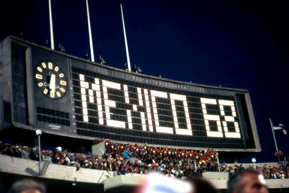 #FontSunday Images of the Scoreboard at the Opening &amp; Closing Ceremonies of the 1968 Summer Olympic Games at the Estadio Olímpico Universitario, #Mexico City @DesignMuseum  #Stadium #Olympics #Type #Typography #WorldCup <br>http://pic.twitter.com/OAXFpB3GWp