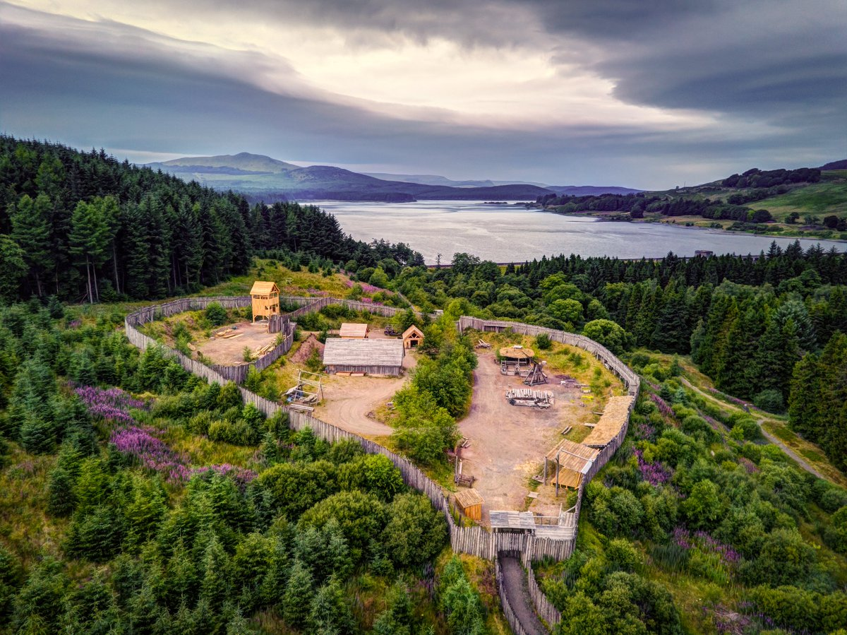 Last night at @duncarronfort Carron Valley, #Stirlingshire. Great to see more progress on the new Crowe's Tower. They have a family-friendly '#pirate' event coming up next weekend (21st-22nd July) if you fancy a closer look at the fort😀.  @clanranaldtrust @russellcrowe #scotland