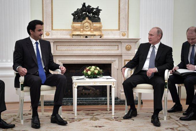 В Кремле состоялась беседа Владимира Путина с Эмиром Государства Катар Тамимом Бен Хамадом Аль Тани Фото