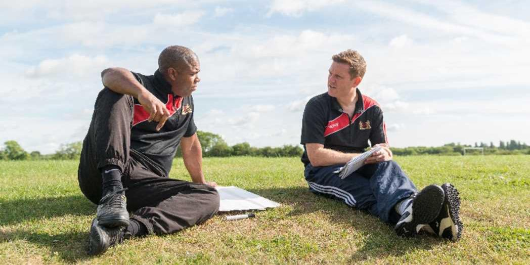 Are your preparations underway for the 2018/19 season?   Take advantage of useful guidance and tips with our new @FA CPD webinar, covering:   Creating coaching plans  Priorities for pre-season  Holding trials and talent ID    Book your place now   https:// bit.ly/2uuQ1Jl  &nbsp;  <br>http://pic.twitter.com/UC0SMHs3R2