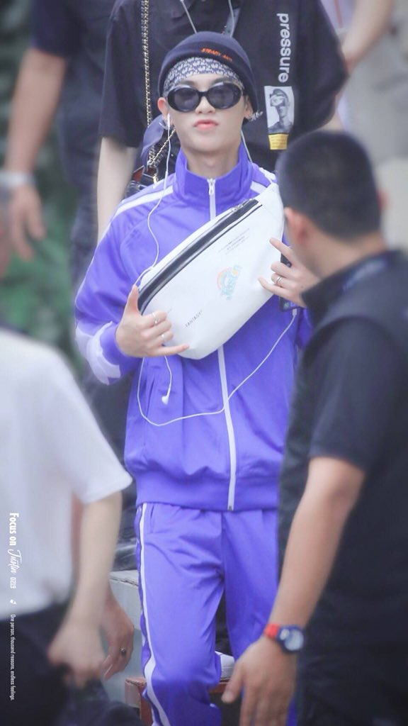 Justin @ Bangkok 180715 ⋮ © FocusOnJustin  『 #YH_NEXT  #YUEHUA  #NEX7 #HuangMinghao #Justin #黄明昊 』<br>http://pic.twitter.com/X6Uno4GcBP