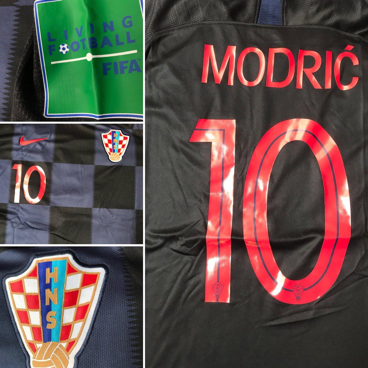 Sigue a @tdmas_cr, dale RT a la imagen y participa por la camisa de Modrić, sorteo esta noche
