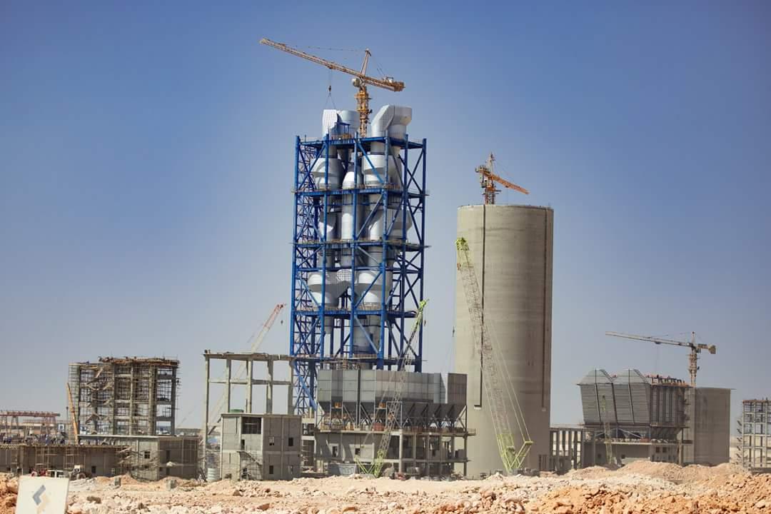 يستمر العمل في مصنع أسمنت المصريين بسوهاج ترس جديد في عجلة تنمية الإقتصاد القومي و خلق فرص عمل جديدة تليق بصعيد مصر m.facebook.com/story.php?stor…