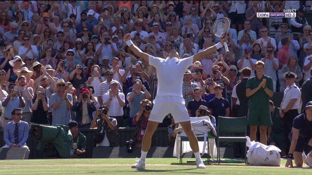 Image for the Tweet beginning: 🏆🎾 C'est terminé, Novak Djokovic