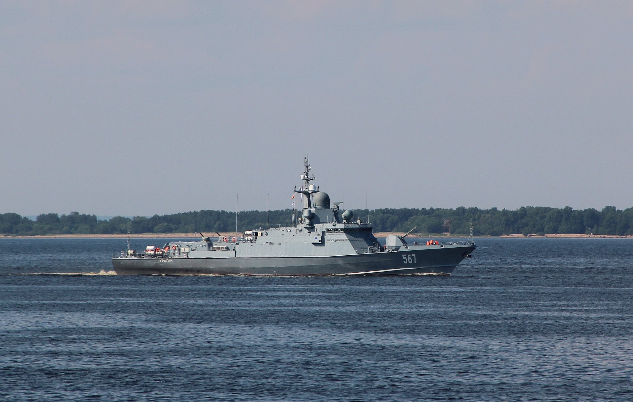 "Project 22800: ""Karakurt"" class missile ship - Page 35 DiKFbEfW0AEJmbZ?format=jpg&name=large"