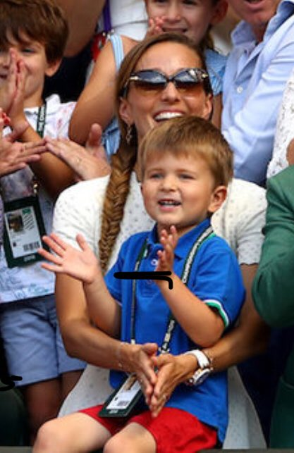 Watching @DjokerNole get his trophy while his precious little boy watched was my highlight of #Wimbledon.