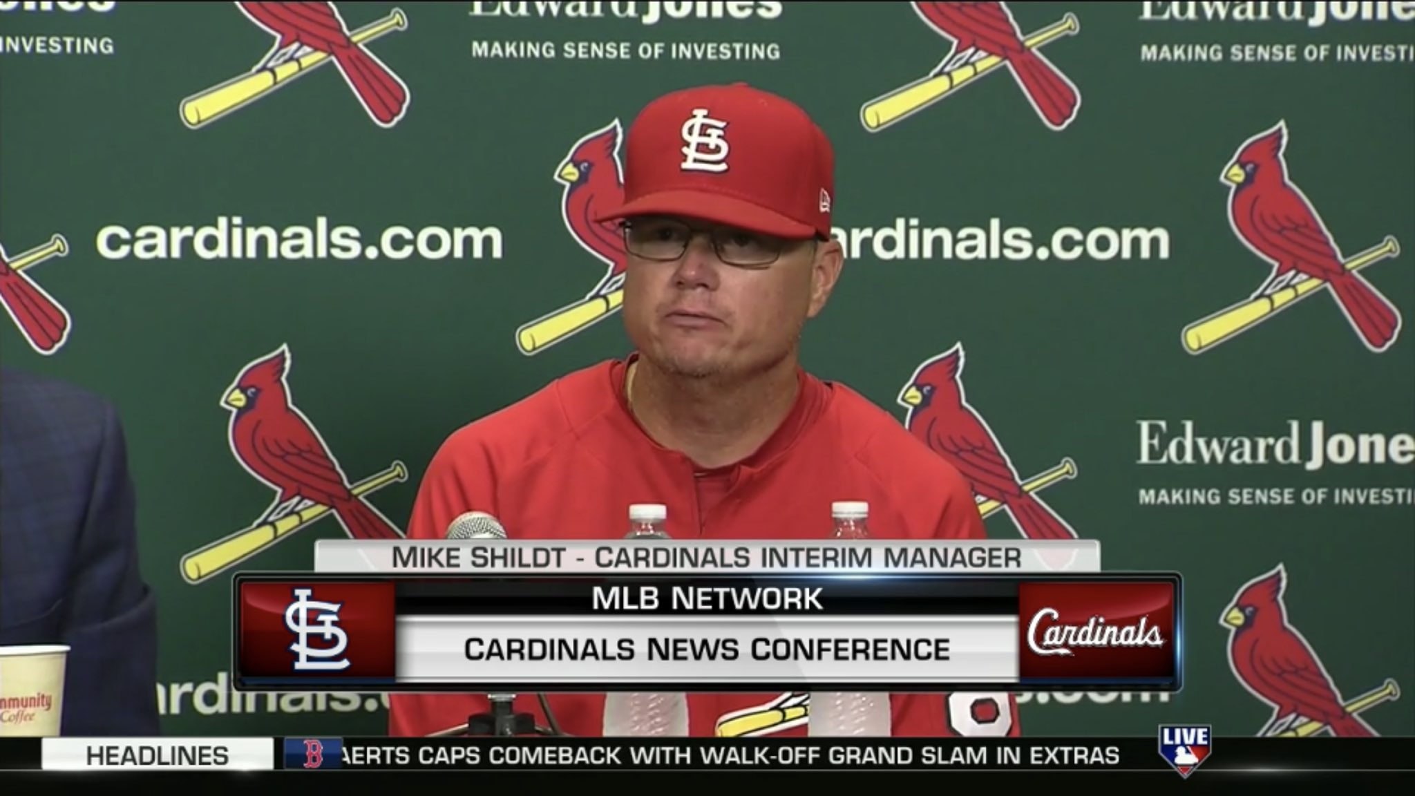#LiveOnMLBN: Watch the @Cardinals press conference regarding their managerial change right now. https://t.co/jzzM9bQXKj