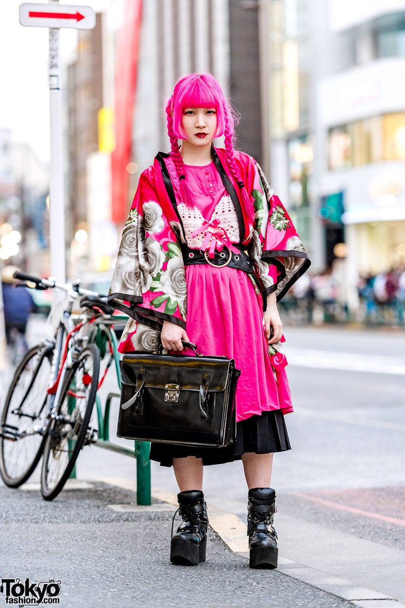 19-year-old Japanese fashion student Ranochan on the street in Harajuku wearing a vintage floral kimono over a crochet top by her own brand, a pink dress, wide belt, Yosuke platform boots & a satchel bag  #原宿https://t.co/x9W7caZpPU