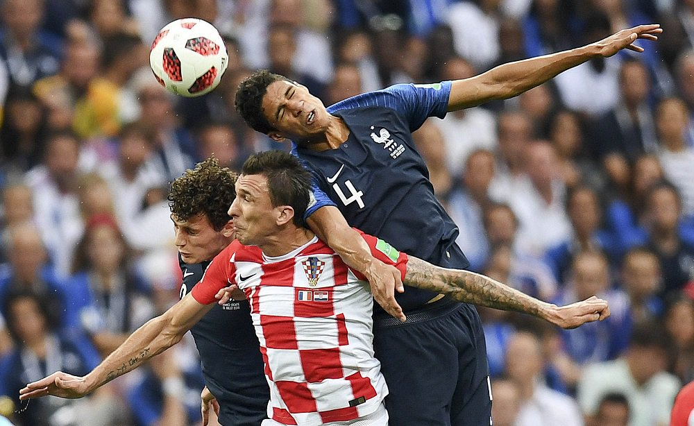 Gol di #Mandzukic per il 4 a 2 di #franciacroazia #FRACRO #FRA #CRO #Mondiali2018 #Worldcup https://t.co/hhfNOqndzE
